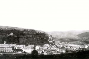 Blick zum Schlossberg ohne Wilhelmsturm (1863)