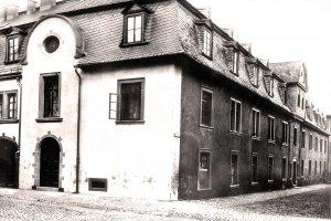 Waisenhaus um 1900